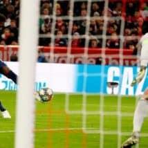 Skor Sessegon Memacu Kekalahan Bayern MunchenSkor Sessegon Memacu Kekalahan Bayern Munchen