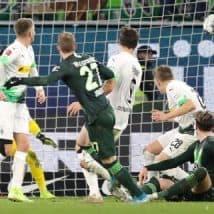 Wolfsburg Mengejutkan Gladbach Dengan Kemenangan Di Menit Akhir Dari Maximilian Arnold